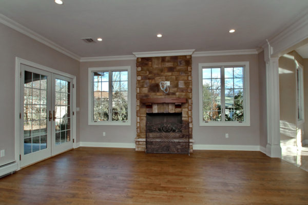 5-Family-room-with-firplace
