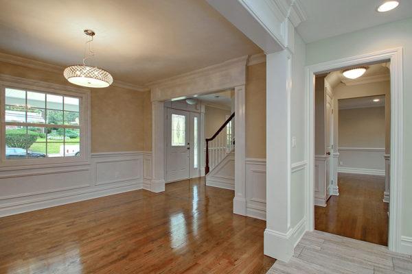 6-hallway-view-molding-work-2